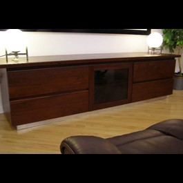 Jarrah Entertain